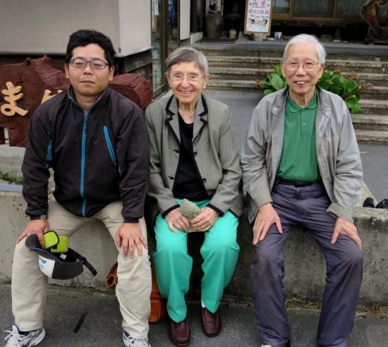 (right to left) Hiroi, Janell, Maeda [apprentice]